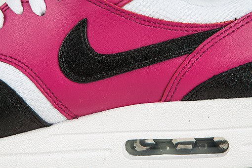 Buty Nike Wmns  Air Max 1 Essential 599820-105